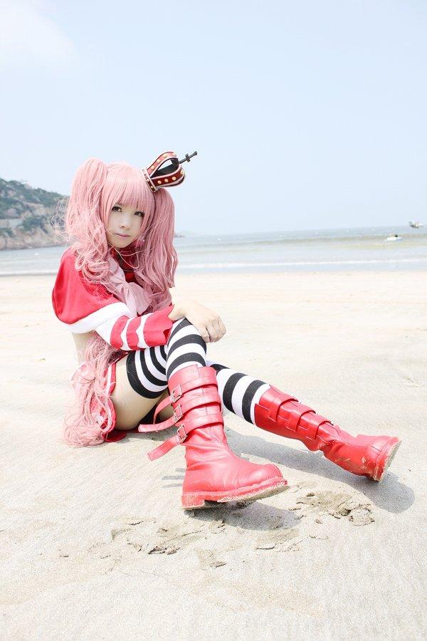 cosplay,在原作中佩罗娜是是个容貌可爱的公主,个性却相当男孩子气,身
