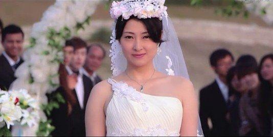 轮奸新娘成人小�9�d_换脸新娘
