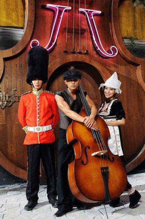 周杰伦创华人歌手NO.1 《比较大的大提琴》引领MV歌舞风- 综艺文章32吋電視多大