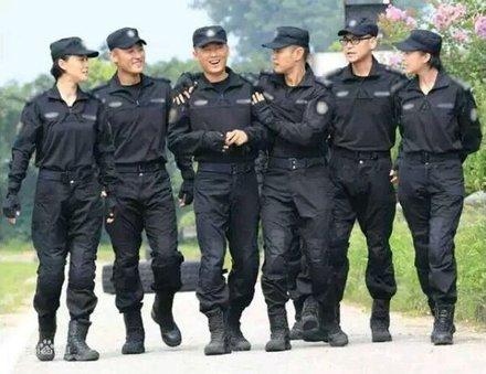 特警力量恐怖组织