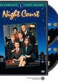 夜间法庭 第一季 海报