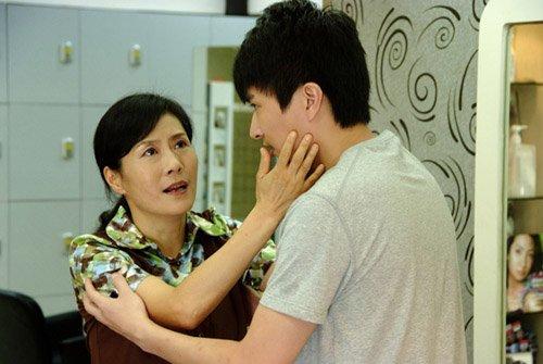 亲爱的回家里蒋竹青的手表_电视剧《亲爱的回家》主要演员及剧情曝光4